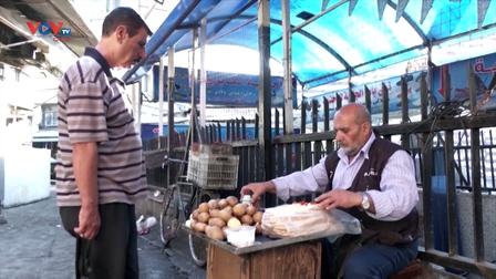 Syria: Quán bánh nhỏ truyền thống hơn 100 năm tuổi