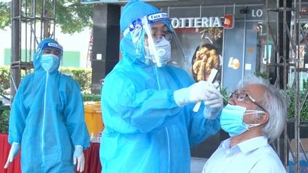 Sáng 30/7, Hà Nội có thêm 17 trường hợp dương tính với SARS-CoV-2
