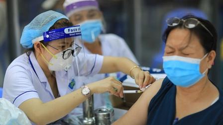 Việt Nam nghiên cứu phương án tiêm 2 loại vaccine Covid-19 khác nhau