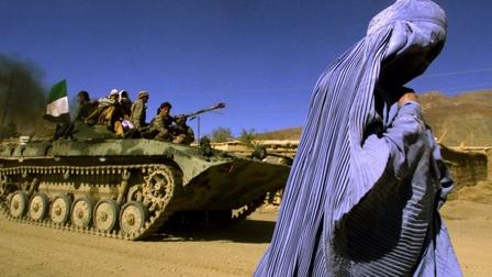 Những chiếc khăn Burqa trở lại thủ đô Kabul, Afghanistan