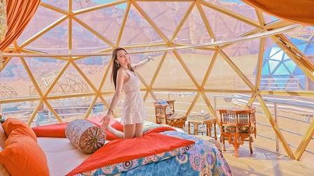 Choáng ngợp với khu cắm trại sang chảnh nằm... giữa sa mạc
