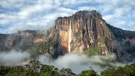 Chiêm ngưỡng 7 thác nước hùng vĩ bậc nhất thế giới