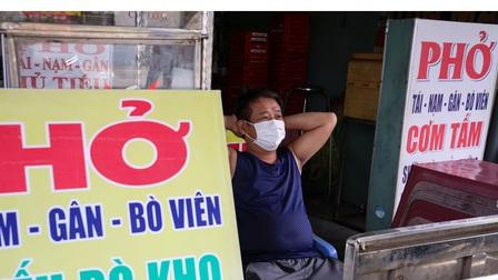 Hàng quán ở TP.HCM ngại đăng ký mở lại, chờ đến sau 15/9