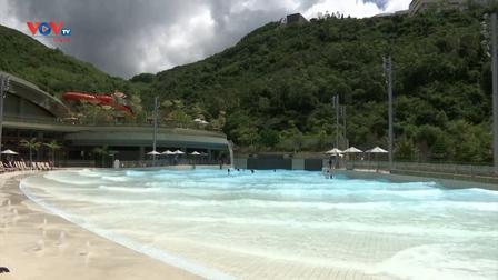 Công viên nước Hồng Kông mở cửa sau nhiều năm trì hoãn
