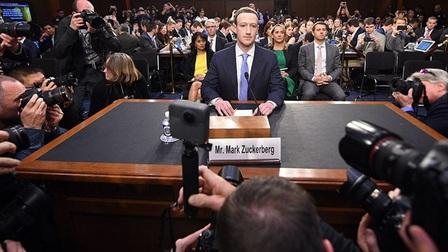 Facebook trả 4,9 tỷ USD để bao che cho Mark Zuckerberg