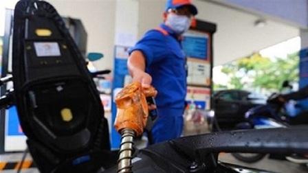 Giá xăng, dầu tăng lần thứ hai liên tiếp