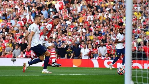 Sao trẻ tỏa sáng, Arsenal thắng trận thứ 3 liên tiếp tại Ngoại hạng Anh