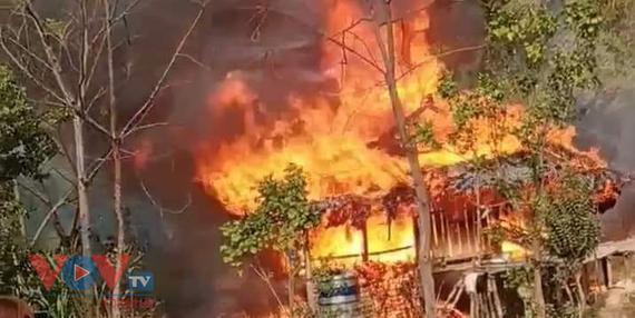 Cháy do chập điện, hộ nghèo mất nhà giáp Tết