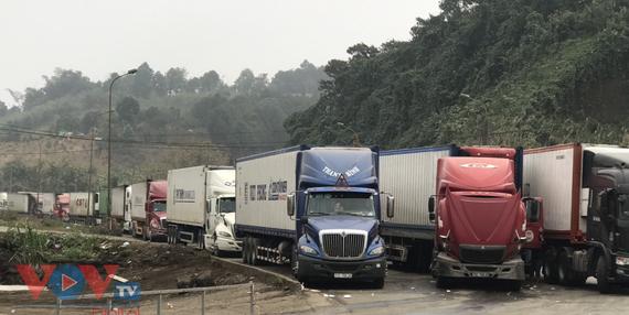 Cửa khẩu Kim Thành ở Lào Cai ách tắc kéo dài