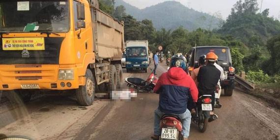Hòa Bình: Va chạm với xe chở đất, một người tử vong