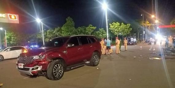 Nam thanh niên tử vong sau va chạm với ô tô tại ngã tư ở Lai Châu