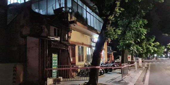 Hà Nội: Phong tỏa tạm thời trụ sở Công an phường Lê Đại Hành