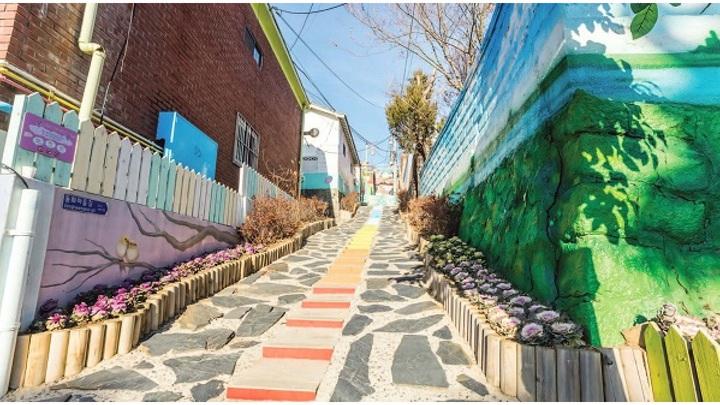 Ghé thăm những ngôi làng bích họa độc đáo ở Hàn Quốc