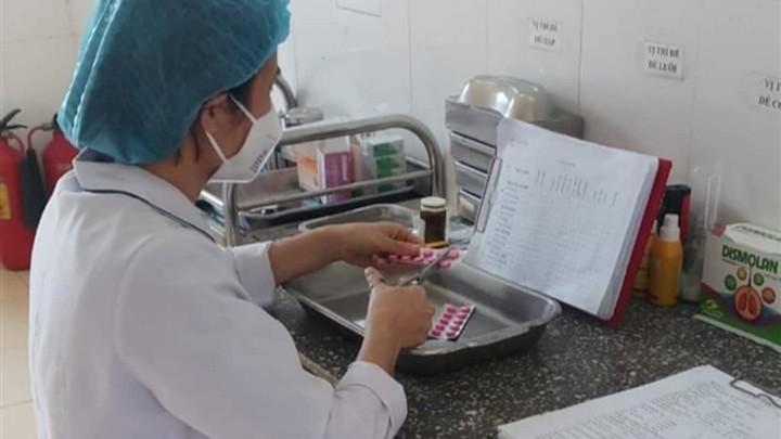 Dùng thuốc hiếm cứu chữa cho BN1536 mắc COVID-19 nặng