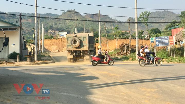 Lai Châu: Yêu cầu nhà thầu đổ thải dự án đúng vị trí, đảm bảo vệ sinh môi trường