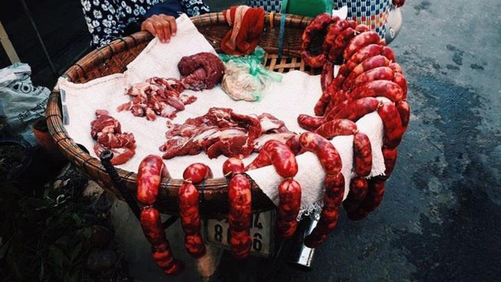 Tung lò mò: Món ăn độc đáo từ… ruột bò