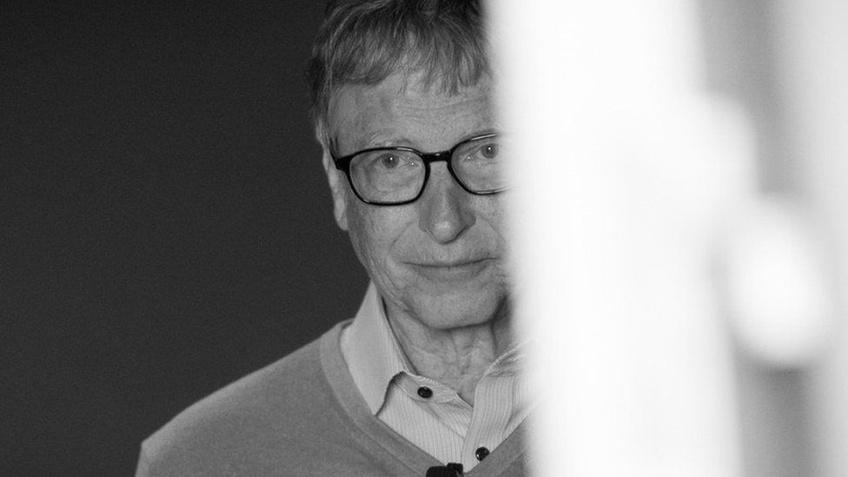 Những bê bối của Bill Gates trước khi ly dị vợ