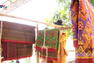 Người Khmer ở Tịnh Biên gìn giữ nghề dệt thổ cẩm truyền thống